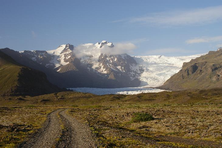 Photo taken while approaching the Svinafellsjökull Glacier in Icleand.