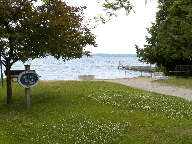 Small beach located at the end of Killarney Beach Road in Innisfil.