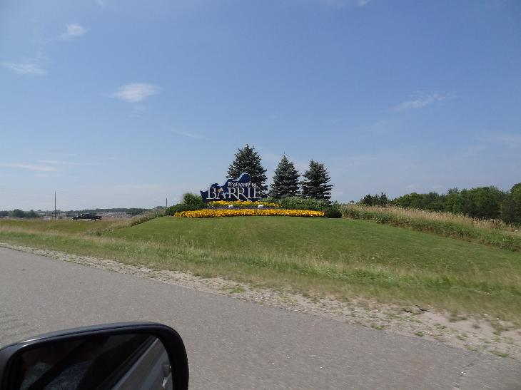 Welcome sign for Barrie Ontario.  Taken on highway 400, near the Duckworth exit.