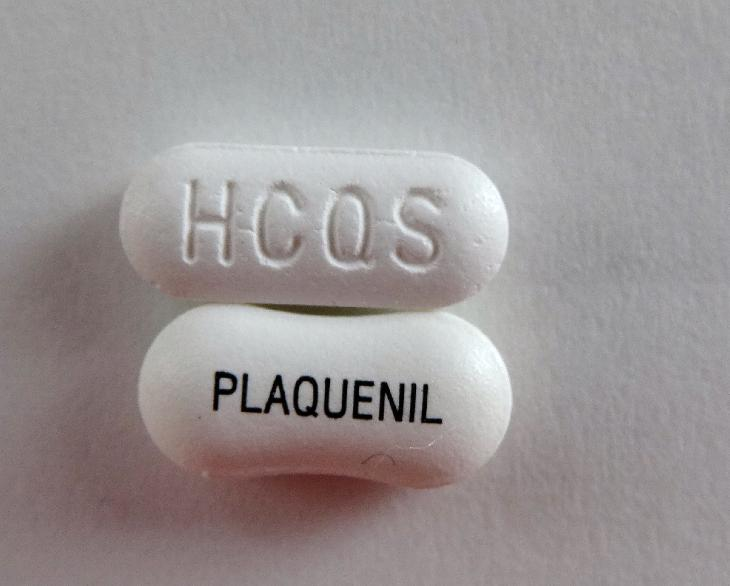 Photo of both the generic Mint-Hydroxychloroquine pill and the brand name Plaquenil pill side by side.  Going to the details of the link will provide additional information about these pills and how they might be used to fight COVID-19. 
