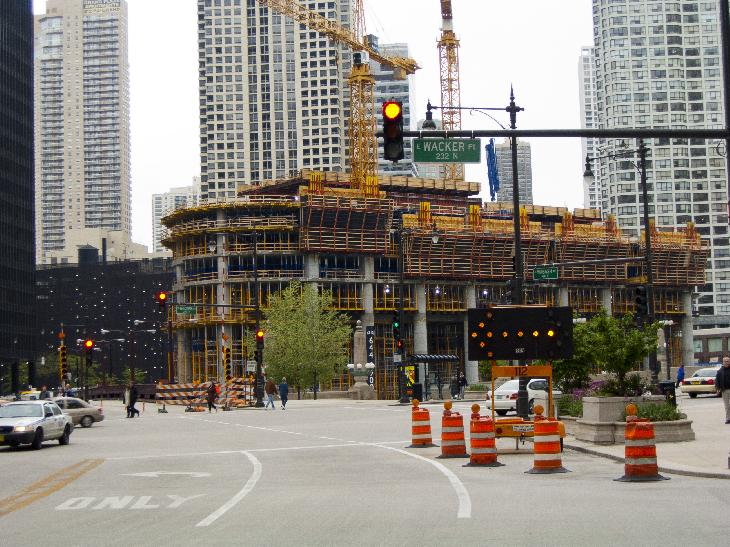 The early stages of construction of the Chicago Trump tower in 2006.