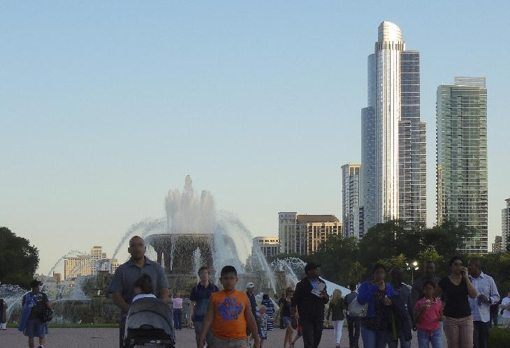 One Museum Park is the tallest tower in the Central Station development, the tallest building on the south side of Chicago and the tallest in Chicago south of Van Buren Street.  In the foreground is Buckingham Fountain.