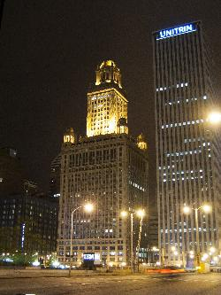 Jewelers Building in evening - 35 East Wacker Drive