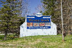 Wasaga Beach Welcome Sign on Highway 26 westbound