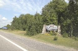 Town of Huntsville Welcome Sign travelling along Highway 11 North.