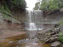 Photo of Indian Falls taken at a faster shutter speed of one four hundredth of a second.